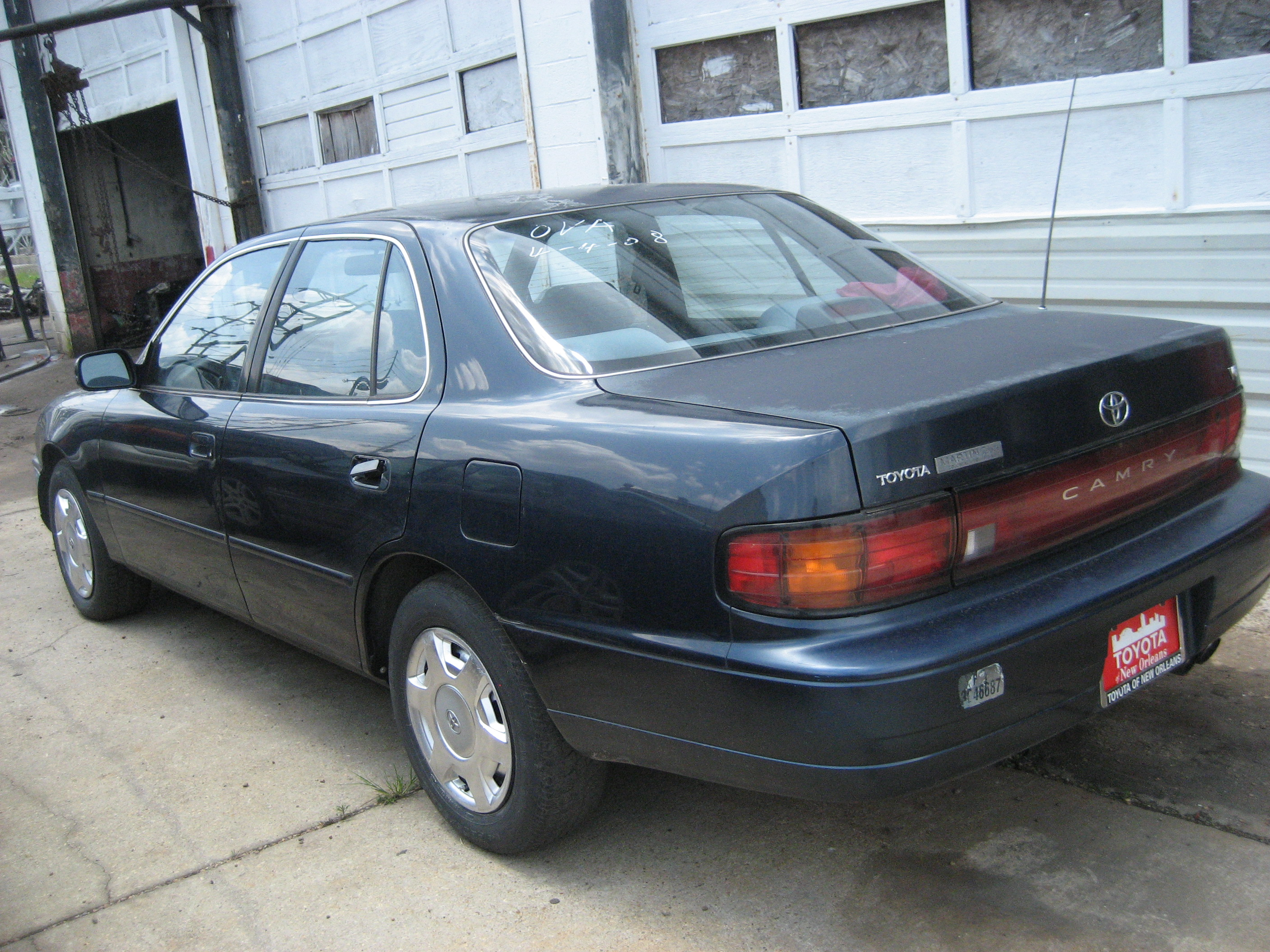 Baton Rouge Used Cars Sold 1998 Black Toyota Camry 3500